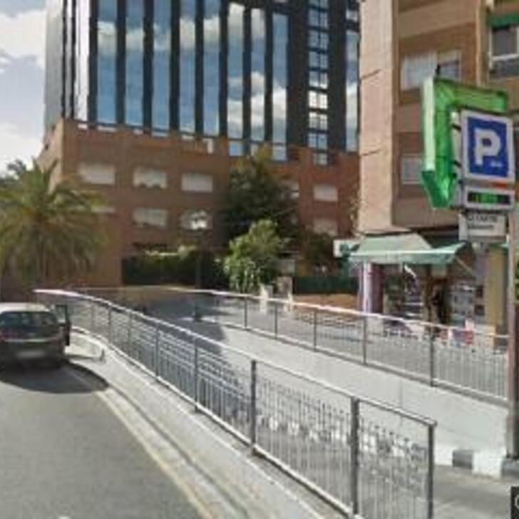 Öffentliches Parkhaus APK80 CHILE (Überdacht) Valencia