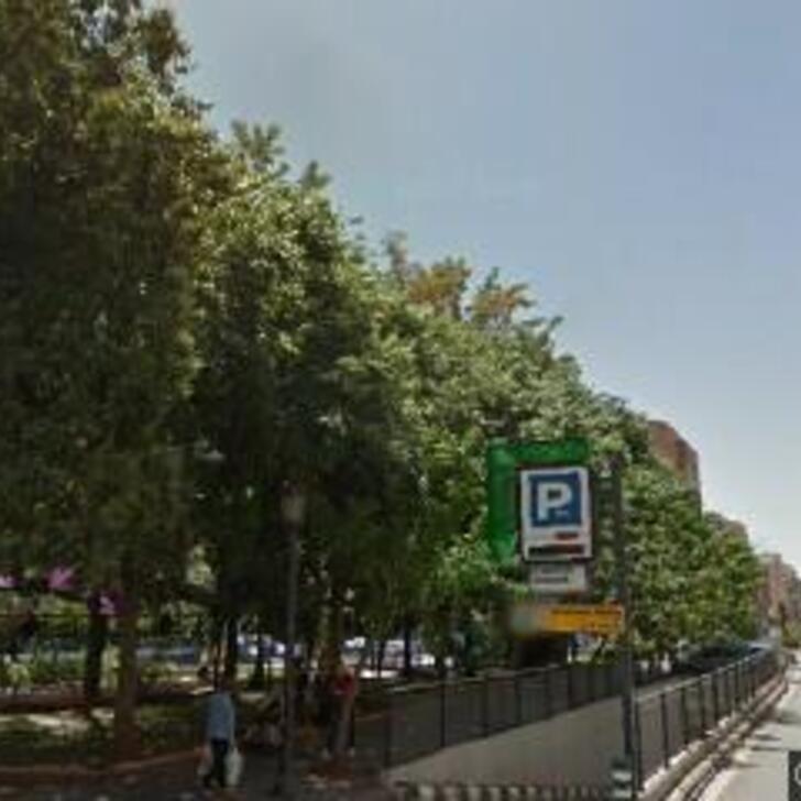 Öffentliches Parkhaus APK80 JERÓNIMO MUÑO (Überdacht) Parkhaus 46007