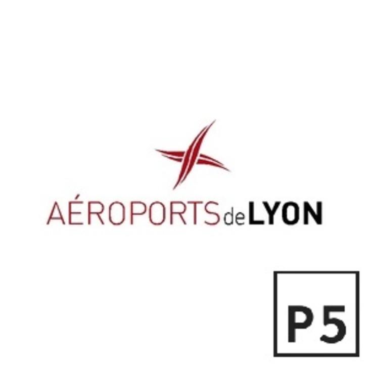 AÉROPORT DE LYON SAINT-EXUPÉRY P5 Officiële Parking (Exterieur) Parkeergarage Colombier-Saugnieu