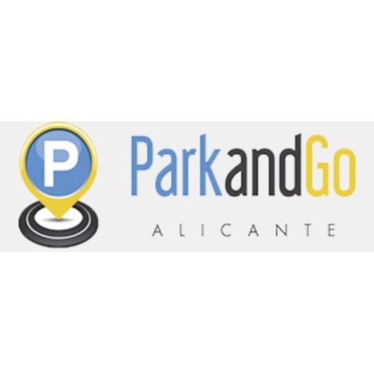 Discount Parkhaus PARKANDGO (Überdacht) Parkhaus Torrellano