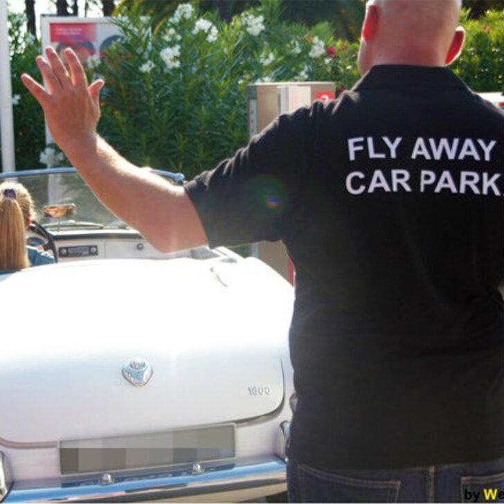 Parking Service Voiturier FLY AWAY CAR PARK (Couvert) Nice