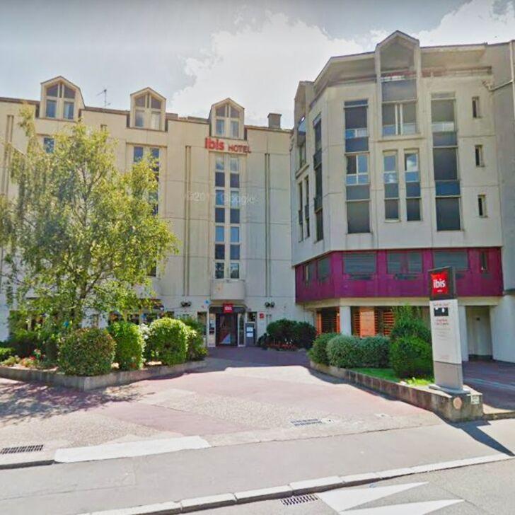 Hotel Parkhaus IBIS NANTES CENTRE GARE SUD (Überdacht) Parkhaus Nantes