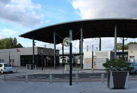 Parking Estación Émerainville - Pontault-Combault en Émerainville : precios y ofertas - Parking de estación | Onepark