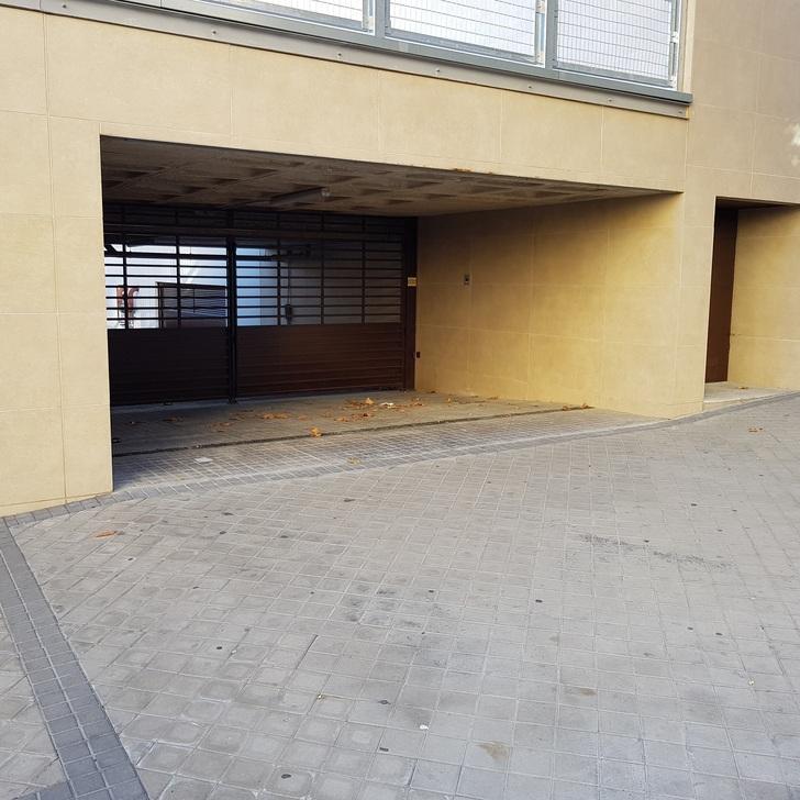 Parcheggio Pubblico HACIENDA REINA VICTORIA (Coperto) parcheggio Madrid