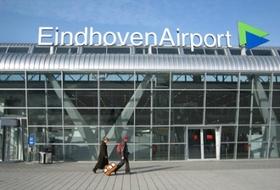 Parkeerplaats Vliegveld Eindhoven in Eindhoven : tarieven en abonnementen - Parkeren in de luchthaven | Onepark