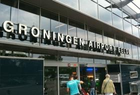 Parkeerplaats Vliegveld Groningen Eelde in Groningen : tarieven en abonnementen - Parkeren in de luchthaven | Onepark