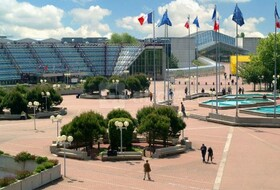 Parkeerplaats Het expositiecentrum Paris-Nord Villepinte in Parijs : tarieven en abonnementen - Parkeren bij een evenementenhal | Onepark