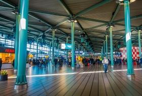 Parkhaus Station Schiphol Airport in Amsterdam : Preise und Angebote - Parken am Bahnhof | Onepark