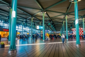 Station Schiphol Airport car park in Amsterdam: prices and subscriptions - Station car park | Onepark