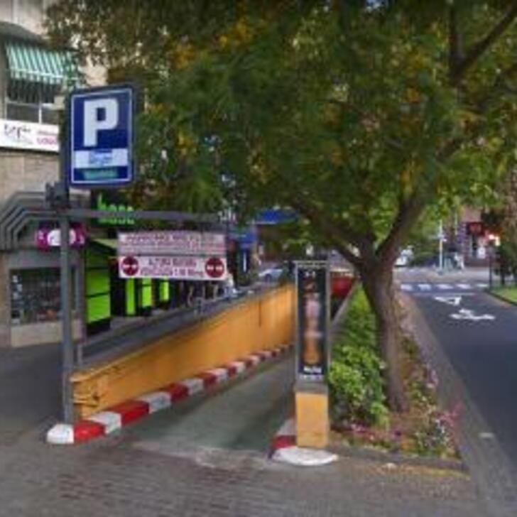 APK2 APARCAMIENTO WEYLER Openbare Parking (Overdekt) Parkeergarage Santa Cruz de Tenerife