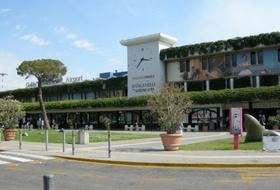Pisa International Airport car park in Pisa: prices and subscriptions - Airport car park | Onepark