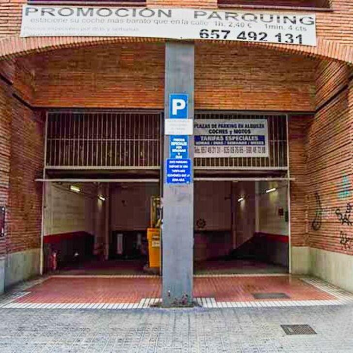 Parque de estacionamento Parking Public RASINA HOUSE (Couvert) Barcelona