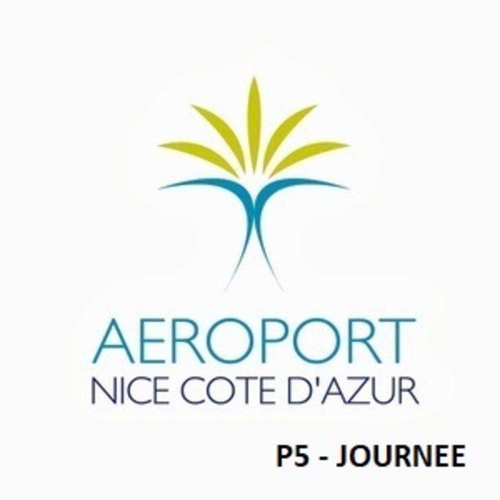 Offiziell Parkhaus P5 - Ein Tag AÉROPORT DE NICE CÔTE D'AZUR (Überdacht) Parkhaus Nice