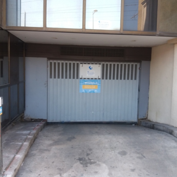 Privatgelände Parkplatz RUE JULES FERRY (Überdacht) Montpellier