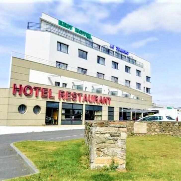 Hotel Parkhaus BRIT HOTEL SAINT MALO - LE TRANSAT (Überdacht) Saint-Malo