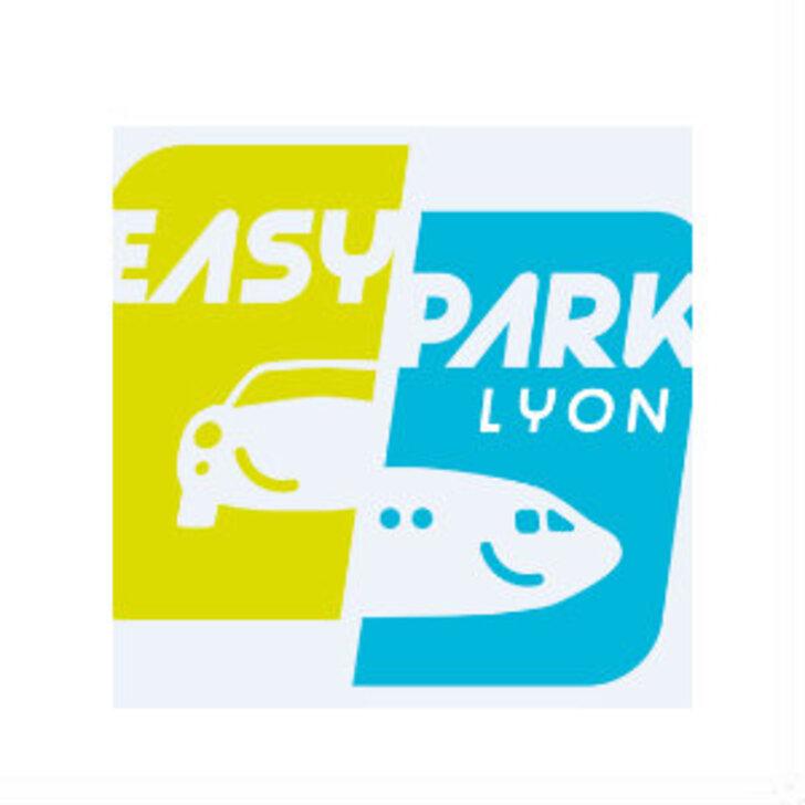 EAZYPARK LYON Discount Parking (Exterieur) Parkeergarage Saint Laurent de Mûre