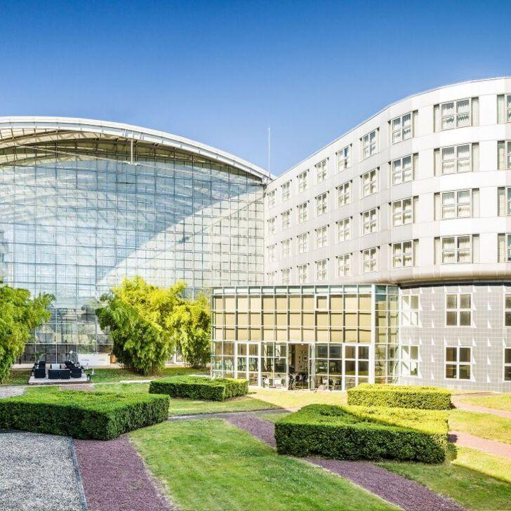 HYATT REGENCY PARIS-CHARLES DE GAULLE Hotel Parking (Exterieur) Roissy-en-France