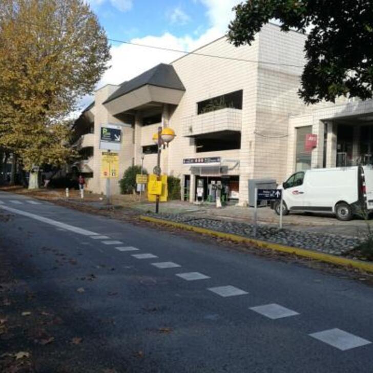 EFFIA GARE DE CHAMBÉRY Officiële Parking (Overdekt) Parkeergarage CHAMBERY
