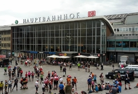 Parkhaus Hauptbahnhof Köln in Köln : Preise und Angebote - Parken am Bahnhof | Onepark