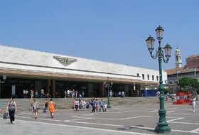 Venezia Santa Lucia car park in Venice: prices and subscriptions - Station car park | Onepark