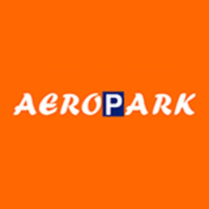AEROPARK Valet Service Parking (Exterieur) Parkeergarage Vilobí d'Onyar, Girona