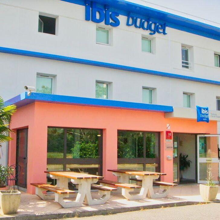 Parque de estacionamento Parking Hôtel IBIS BUDGET TOULOUSE AÉROPORT (Extérieur) Blagnac