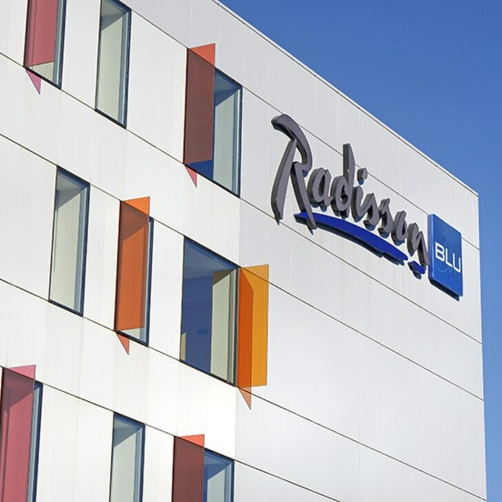 Parque de estacionamento Parking Hôtel RADISSON BLU HOTEL TOULOUSE AIRPORT (Couvert) Blagnac