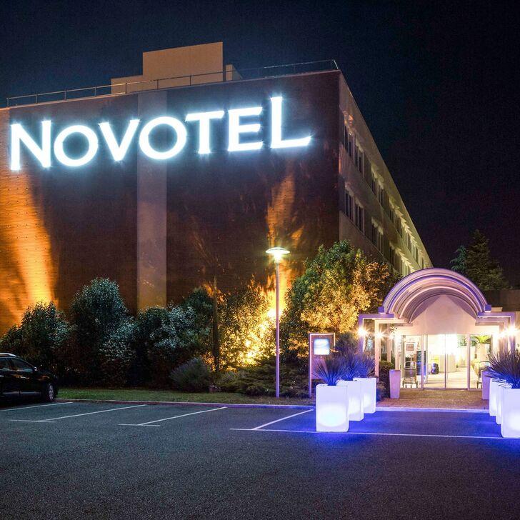 NOVOTEL TOULOUSE PURPAN AÉROPORT Hotel Car Park (External) car park Toulouse