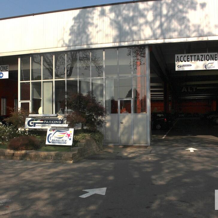 Parcheggio Low Cost GP PARKING (Esterno) parcheggio Somma Lombardo