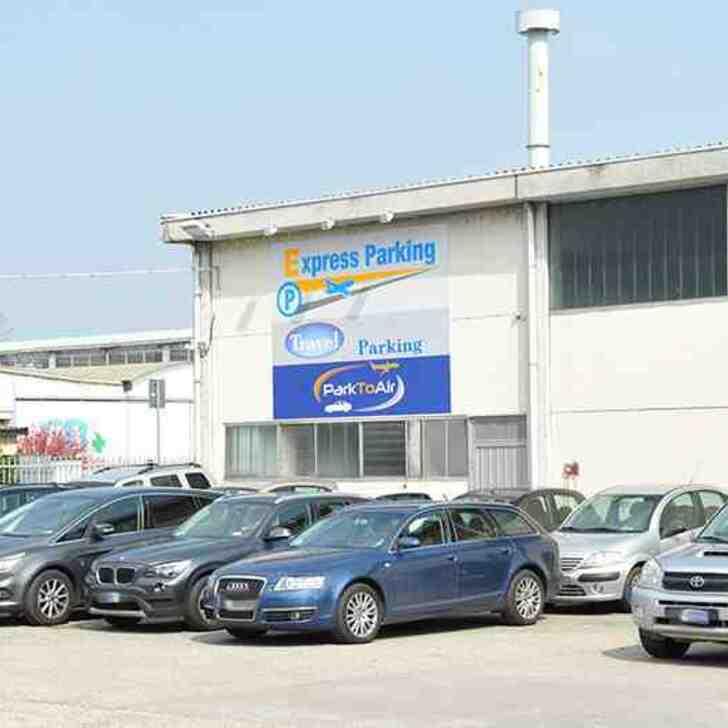 EXPRESS PARKING Discount Parking (Exterieur) Parkeergarage Segrate (MI)