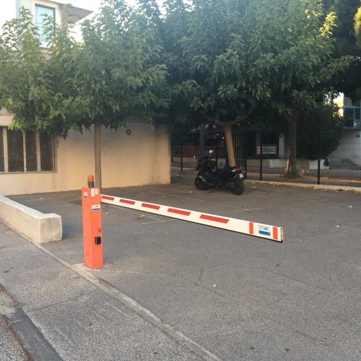 Parque de estacionamento Parking Hôtel APARTHOTEL ADAGIO MARSEILLE PRADO PLAGE (Extérieur) Marseille
