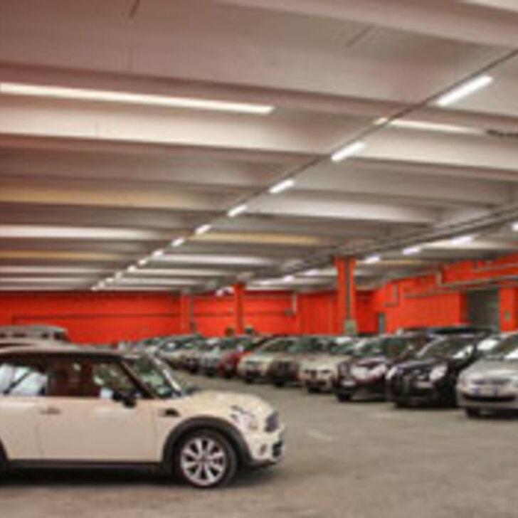 PARK TO FLY: MALPENSA T1 & T2 COMFORT Discount Parking (Overdekt) Somma lombardo (VA)