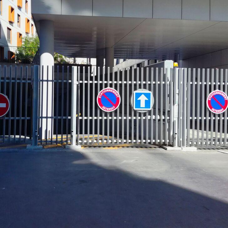 Privatgelände Parkplatz RUE GILBERT CESBRON (Überdacht) Parkhaus Paris