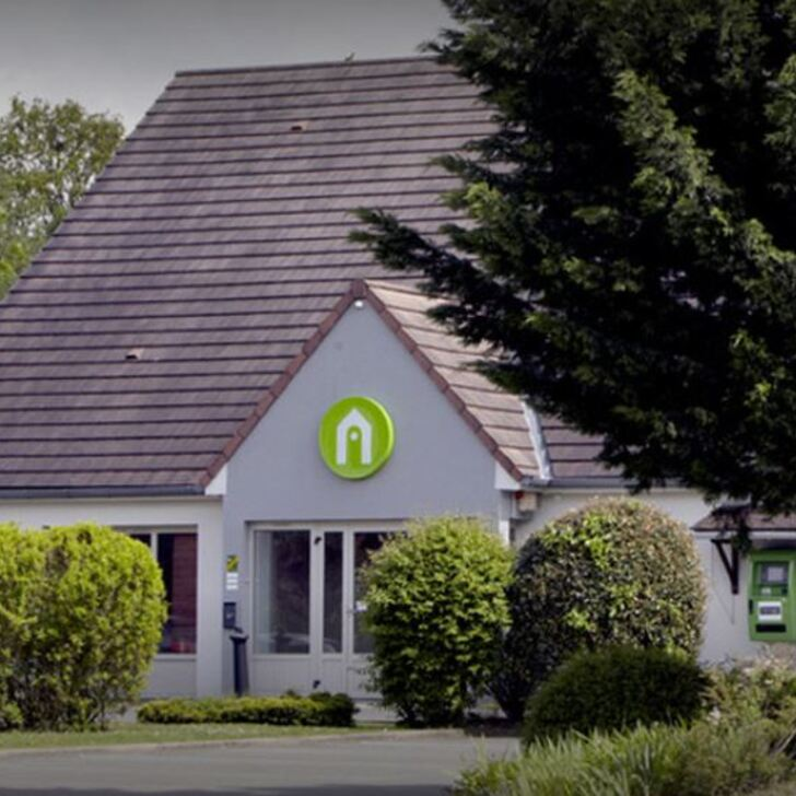 Parking Hôtel RESTAURANT CAMPANILE DREUX (Extérieur) Dreux