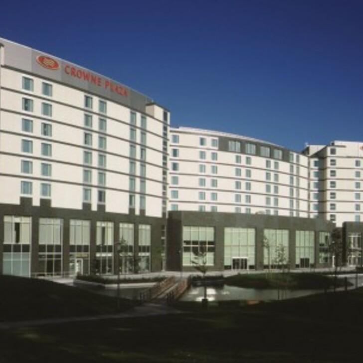 Parking Hotel CROWNE PLAZA BRUXELLES AÉROPORT (Exterior) Diegem