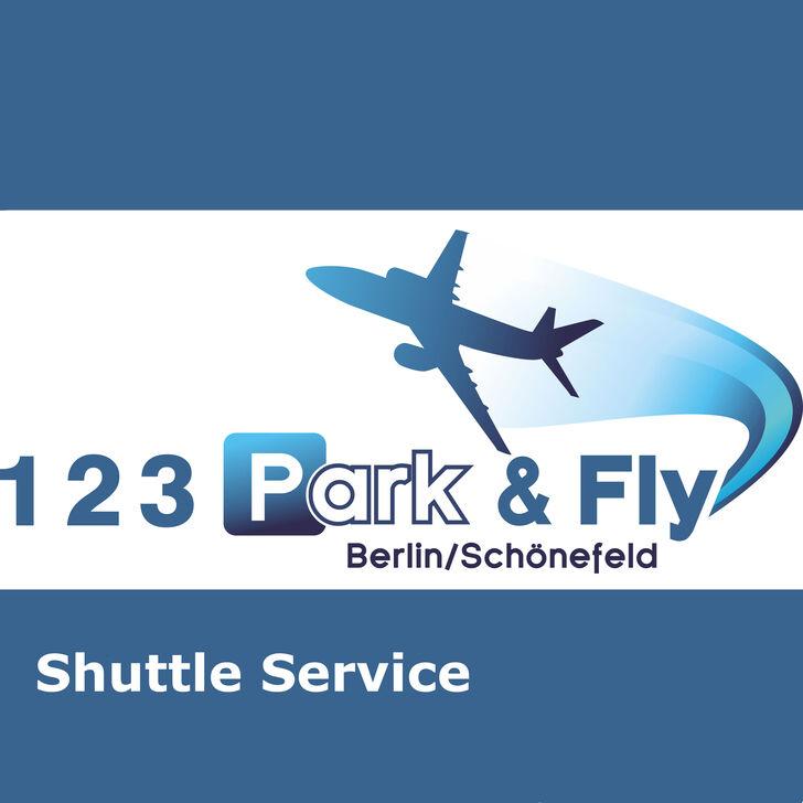 Estacionamento Low Cost 123 PARK & FLY (Exterior) Mittenwalde