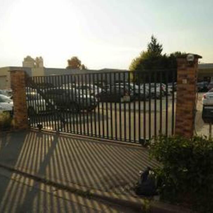 Parque de estacionamento Parking Discount AIR PARKING DEGRIFF (Extérieur) Mitry-Mory