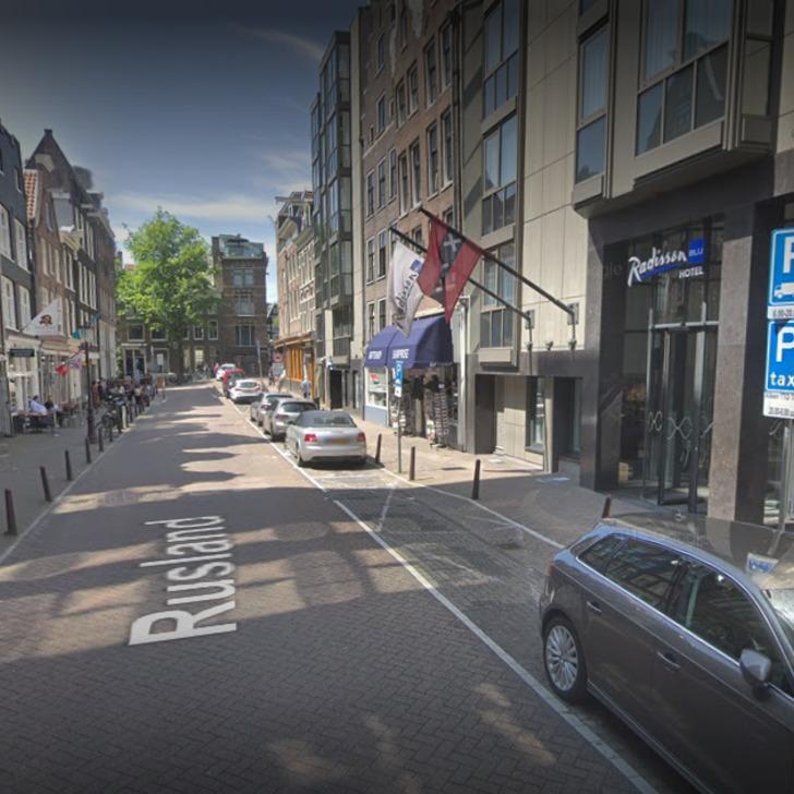Parkservice Parkhaus WEPARC - RUSLAND (Überdacht) Amsterdam