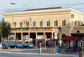 Parkhaus Hauptbahnhof von Bologna : Preise und Angebote - Parken am Bahnhof | Onepark