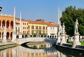 Parcheggio Padova: prezzi e abbonamenti - Parcheggio di città | Onepark