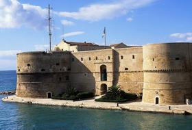 Parkeerplaats Stad van Taranto : tarieven en abonnementen - Parkeren in de stad | Onepark