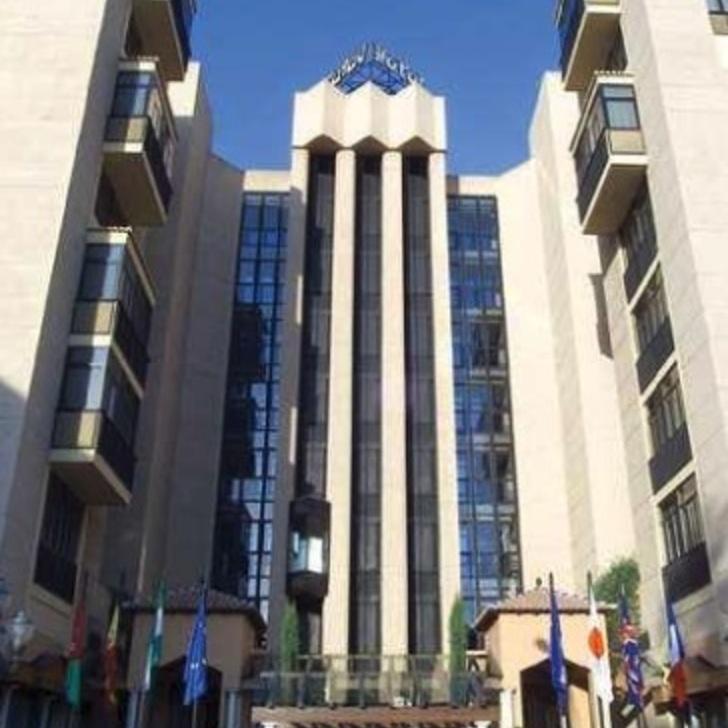 Hotel Parkhaus SANTOS SARAY (Überdacht) Granada