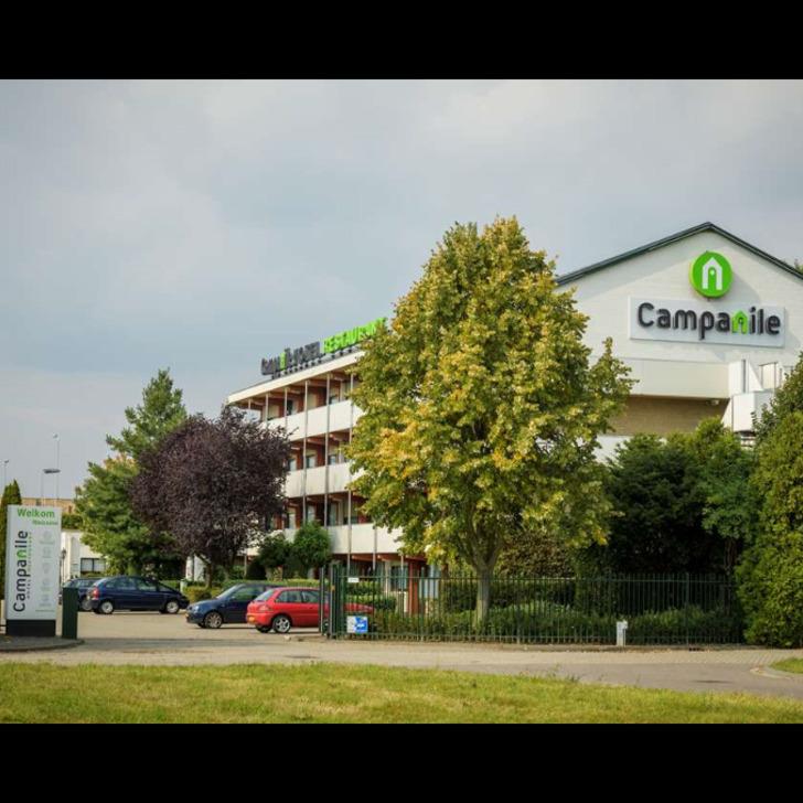 Parque de estacionamento Estacionamento Hotel CAMPANILE EINDHOVEN (Exterior) Eindhoven