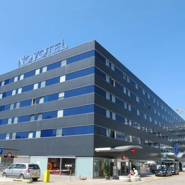 Estacionamento Hotel NOVOTEL ZÜRICH CITY WEST (Coberto) Zürich