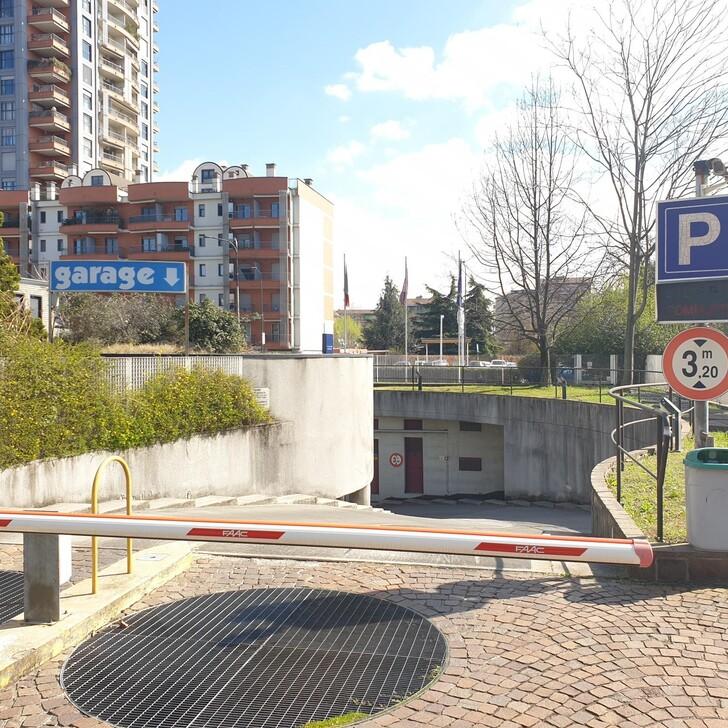 Parking Hôtel IBIS MILANO NORD CA GRANDA (Couvert) Milano