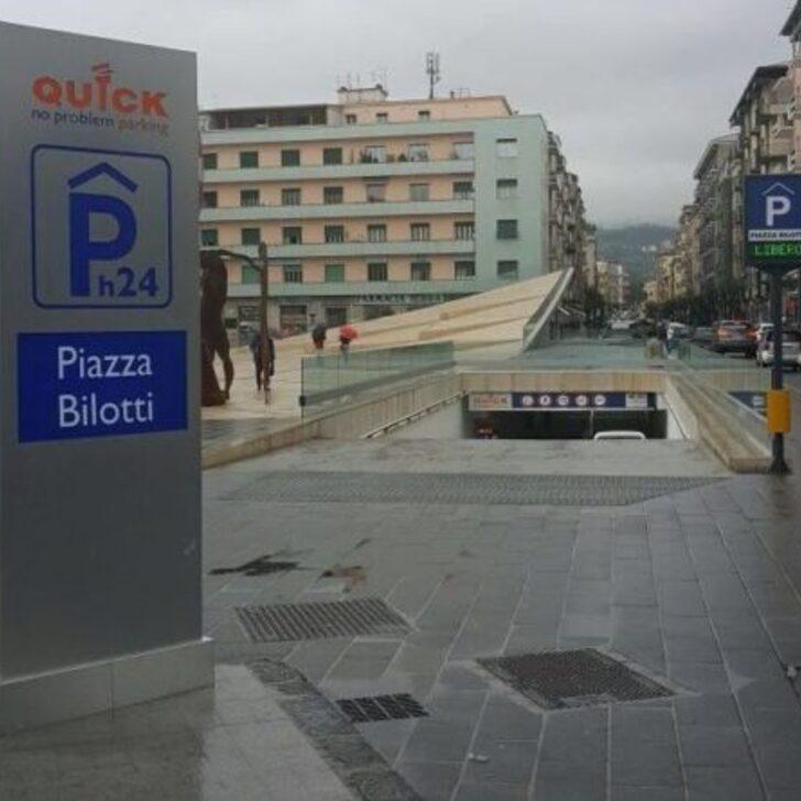 Öffentliches Parkhaus QUICK PIAZZA BILOTTI COSENZA (Überdacht) Cosenza