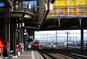 Parking Gare de Zurich Hardbrücke à Zurich : tarifs et abonnements - Parking de gare | Onepark
