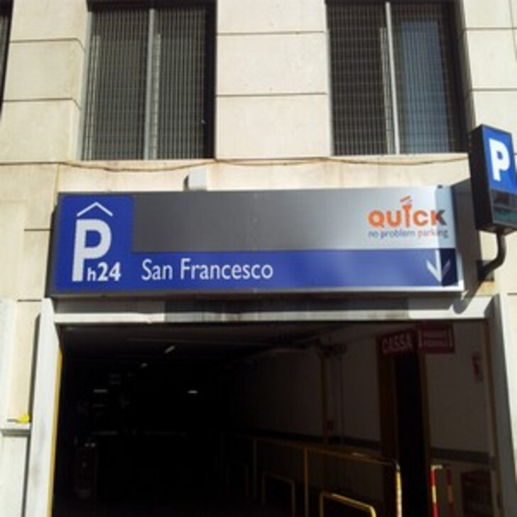 QUICK SAN FRANCESCO BARI Openbare Parking (Overdekt) Bari