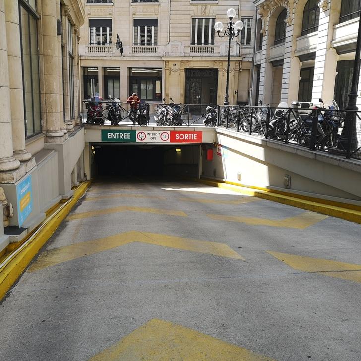 Estacionamento Edifício RUE DES ITALIENS (Coberto) Paris