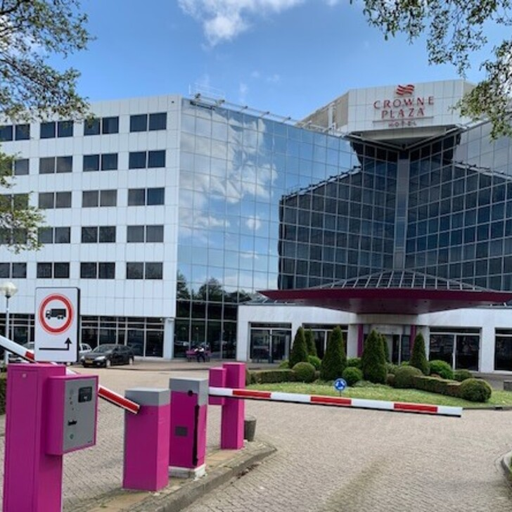 CROWNE PLAZA AMSTERDAM SCHIPHOL Hotel Parking (Exterieur) Hoofddorp